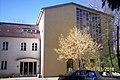 Augustanakirche Bln NO-Fenster+Portal.jpg