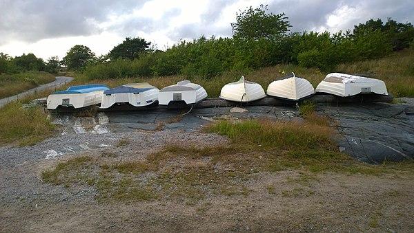 Båtar på amfibolit