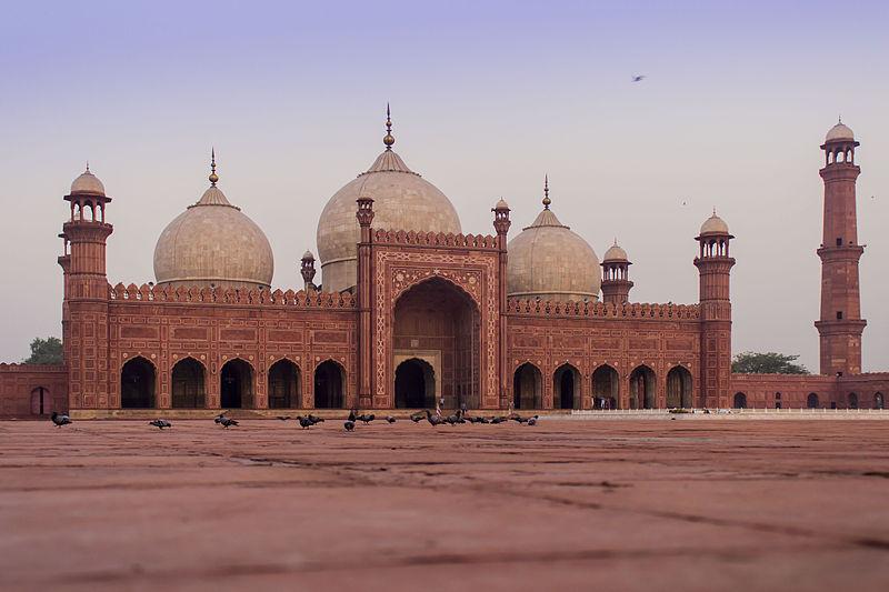 Badshahi Mosque 3.jpg