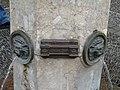 Bagnères-de-Luchon fontaine nivellement.JPG