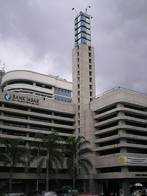 Albert Aalbers - The DENIS bank building, designed by Aalbers in 1936.