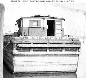Barge Derry (1894).jpg