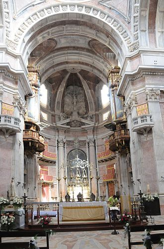 Palace of Mafra - The nave and choir of the Basilica.