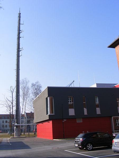 File:Bayreuth - Einsatzzentrale PP Oberfranken.jpg