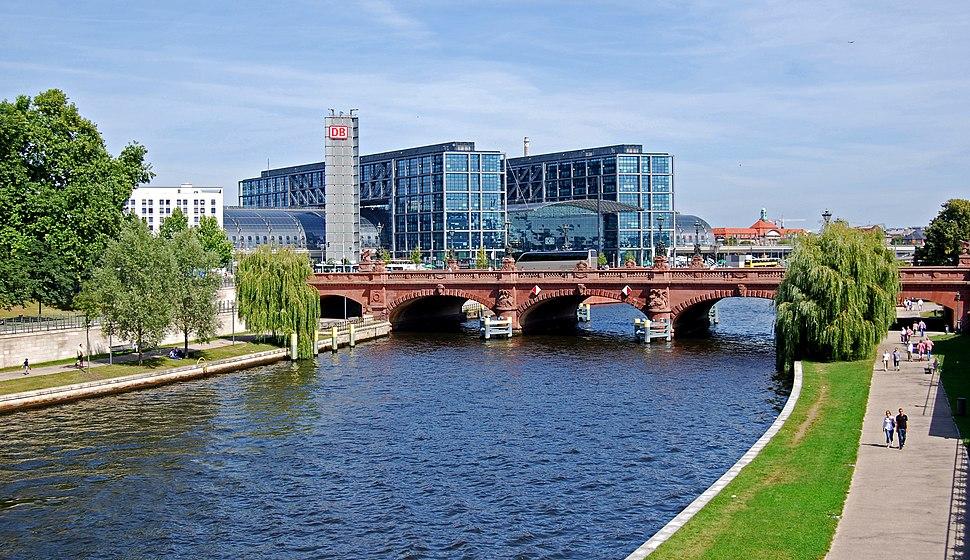 Berlin Hauptbahnhof0514
