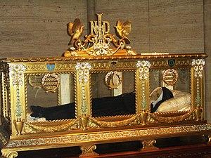 Incorruptibility - Image: Bernadette Soubirous sarcophagus 2