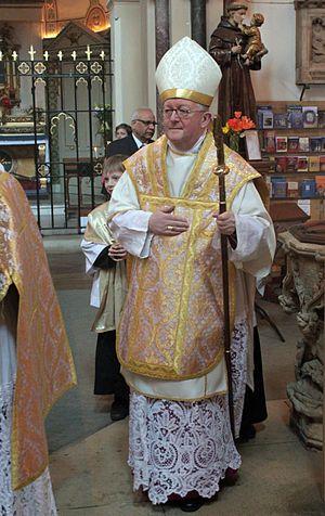 Bernard Longley - Archbishop Longley in the Oxford Oratory, 2010