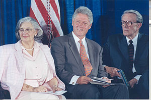Betty Bumpers - Betty Bumpers, Bill Clinton and Dale Bumpers in 1999