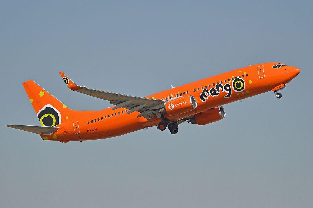 Boeing 737-8BG(w) 'ZS-SJG' Mango (15895405538).jpg