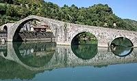 Borgo a Mozzano Ponte della Maddalena.jpg