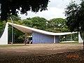 Brasilia DF Brasil - Igrejinha N. S. de Fátima, vista lateral - panoramio.jpg