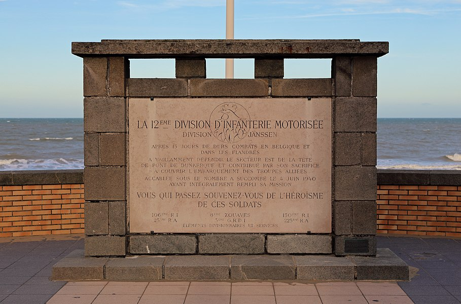 Bray-Dunes (département du Nord, France): memorial of the Division Janssen (World War II)
