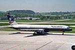 """British Airways Boeing 757-236 G-BIKU """"Inveraray Castle"""" (29608772884).jpg"""