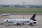 Brussels Airlines A320 OO-SNA Brussels Airport.jpg
