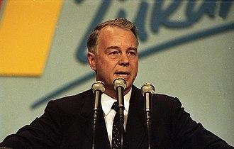 Ernst Albrecht (politician) - Ernst Albrecht in 1988