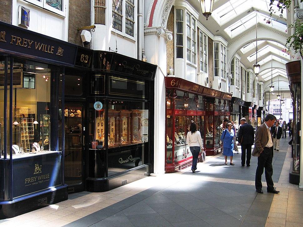 Burlington Arcade, shops