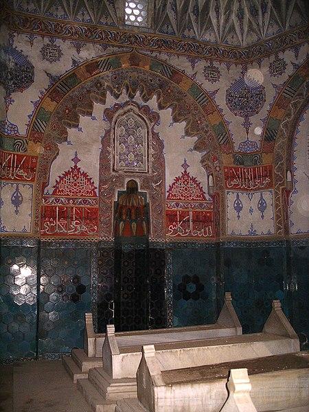 450px-Bursa_tombs