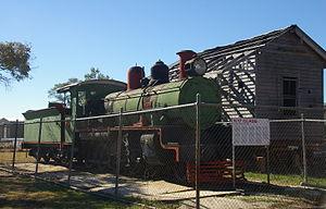 Injune railway line - C17 locomotive at Injune