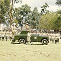 COLLECTIE TROPENMUSEUM President Jomo Kenyatta staande in een landrover tijdens de opening van de Eldoret Agricultural Show TMnr 20038662.jpg