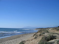 Cabopino beach, Costa del Sol, Spain 2005.jpg