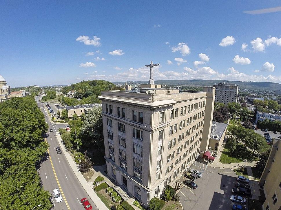Campus aerial new 2014