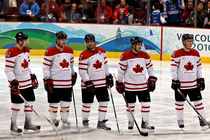 Wayne Gretzky Hand Painted Team Canada Bobblehead