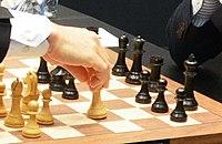 Carlsen-Caruana, ronda9 (cropped).jpg