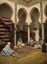 CarpetmakingAlgiers1899.jpg