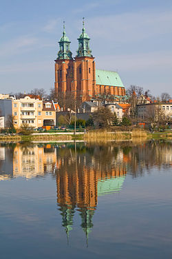 Catedral de Gniezno, Polonia, 2012-04-06, DD 04.JPG