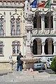 Chafariz neomanuelino em frente à Câmara Municipal de Sintra 2.jpg