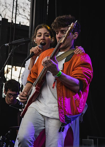 Picture of a band or musician: Chairlift