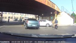 Fil:Chicago hit and run.webm