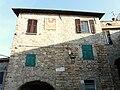 Chiusanico-borgata Castello-centro storico2.jpg
