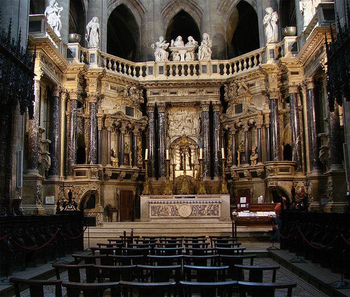File:Choeur Cathédrale d'Auch 01.jpg
