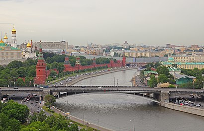 How to get to Большой Каменный Мост with public transit - About the place