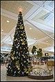 Christmas Tree Singapore Terminal 2-2 (31948295451).jpg