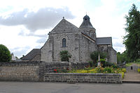 Church of Tavant (FR).jpg