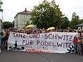 Climate Camp Pödelwitz 2019 Dance-Demonstration 12.jpg