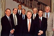Clinton&1998NobelLaureates.jpg