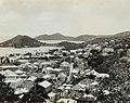 Collectie Nationaal Museum van Wereldculturen TM-60062037 Overzicht vanaf het kasteel op Charlotte Amalia Trinidad en Tobago fotograaf niet bekend.jpg
