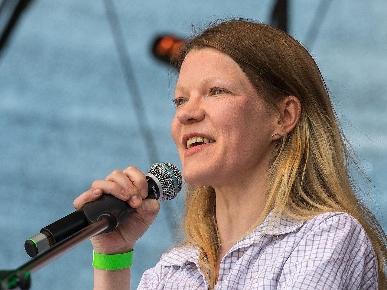 ColognePride 2018-Samstag-Hauptbühne-1600-Politblock-Doris Achelwilm-7638.jpg