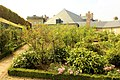 Compiègne, Château, park, rose garden.JPG