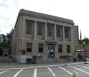 Coraopolis, Pennsylvania - Image: Coraopolis Municipal Building