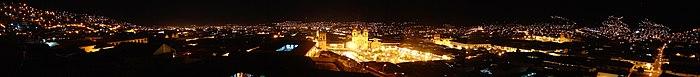 Cuzco - Panorama de nuit.JPG