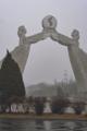 DPRK - El segundo día fue gris que le dio un toque místico al viaje (40925952011).png