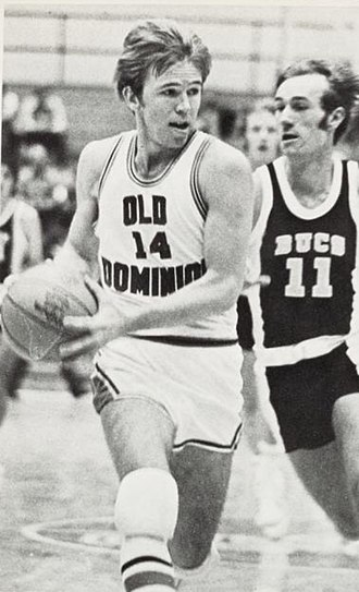 Old Dominion Monarchs basketball - Dave Twardzik in 1972