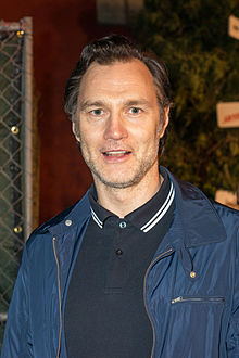 David morrissey at a 2013 walking dead event