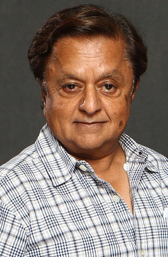 Deep Roy - Roy at the 2014 Florida SuperCon.