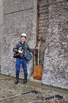 Dennis Bratland with scraping shovel during Hiram M. Chittenden Locks large locks maintenance 2015.jpg