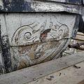 Detail van een schildering op de met lood beklede torenspits, tijdens de restauratie - Edam - 20379423 - RCE.jpg